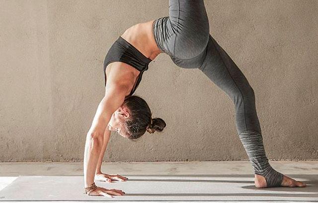 Accesorios para la práctica del yoga y la meditación